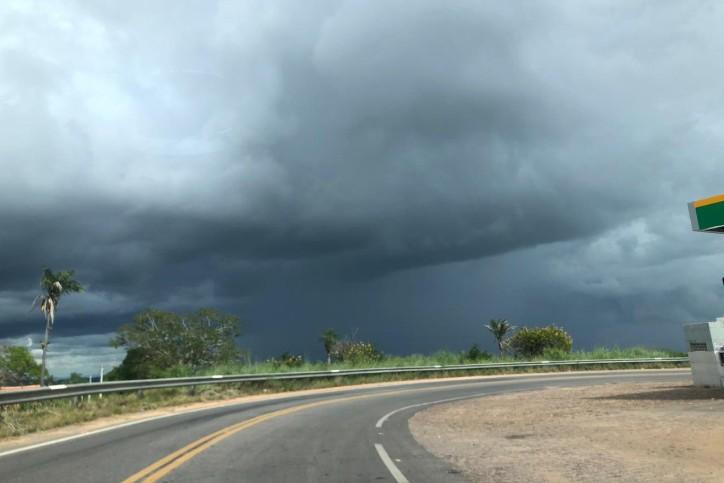 Com 212 milímetros, Itarema registra maior chuva do Ceará em 2019