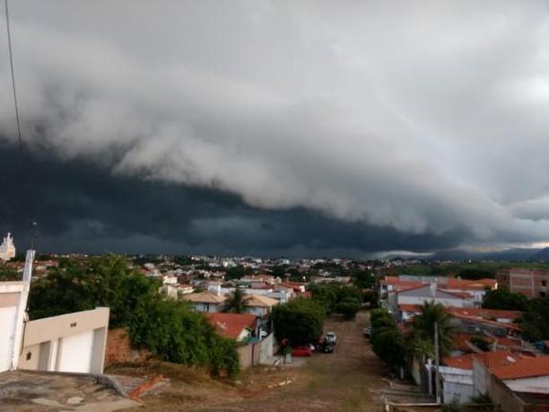 Centro-norte do Estado segue com condições de chuva neste sábado (FOTO: Davi Bezerra)