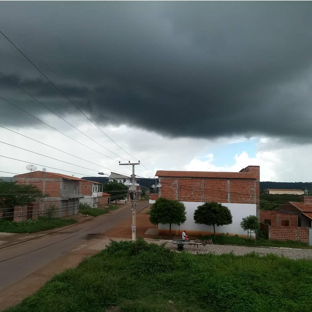 O céu ficou encoberto em grande parte do dia (FOTO: Gilvaneide Lima)