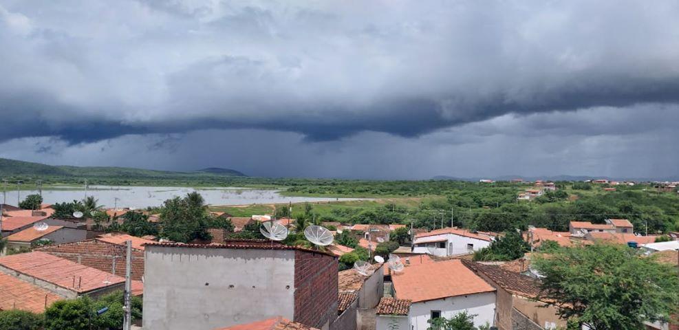 Áreas do centro-norte do Ceará seguem mais favoráveis às chuvas (FOTO: Olavo Farias)
