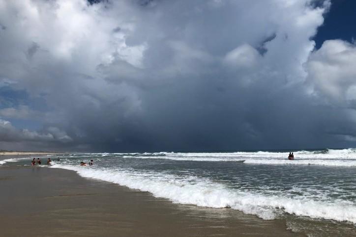 Sexta-feira: céu nublado com chuvas no centro-norte e possibilidade no sul do Ceará