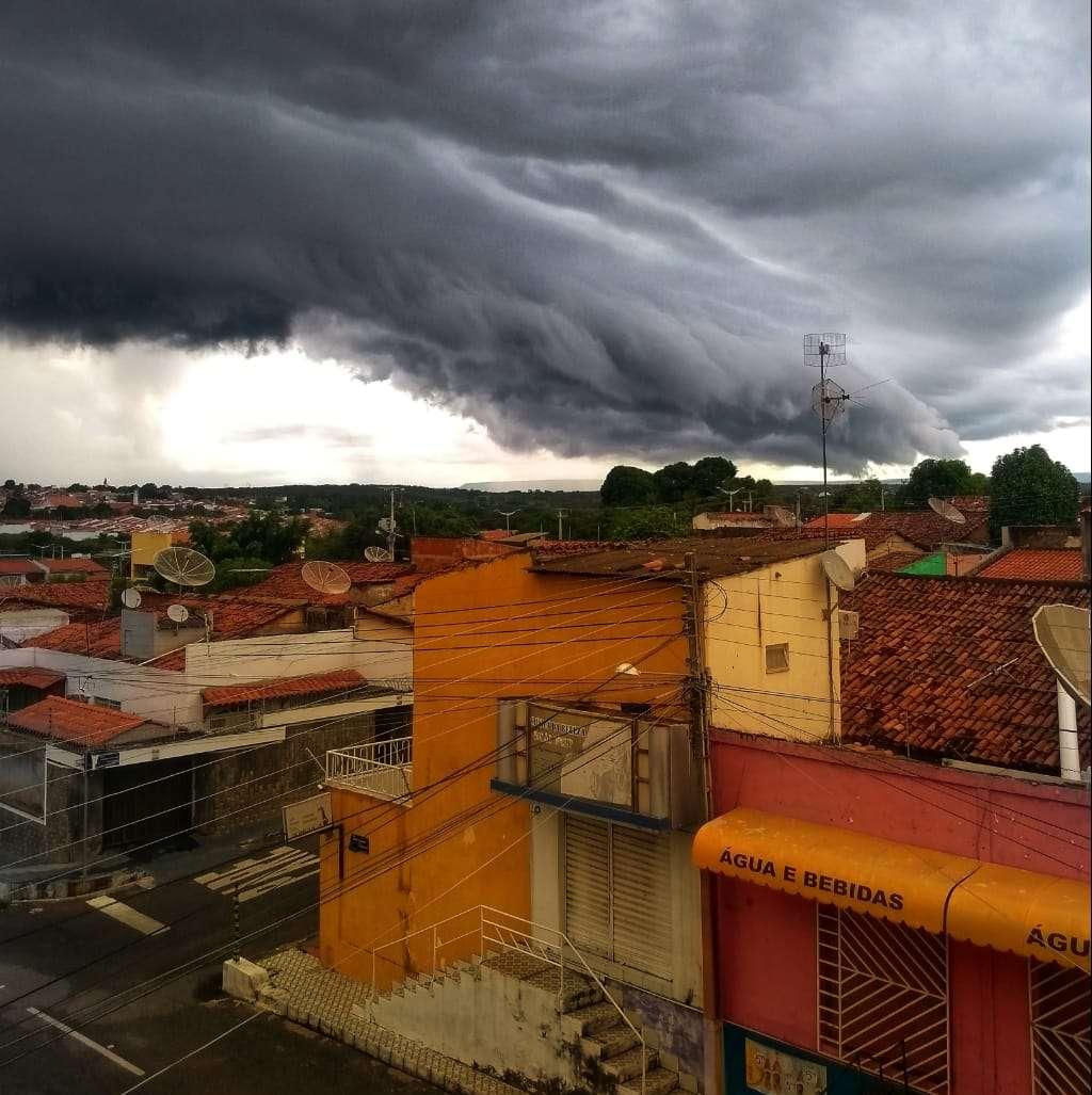 No Cariri, já choveu mais da metade do esperado para todo o mês de abril em 10 dias (FOTO: Filipe Emmanuel)