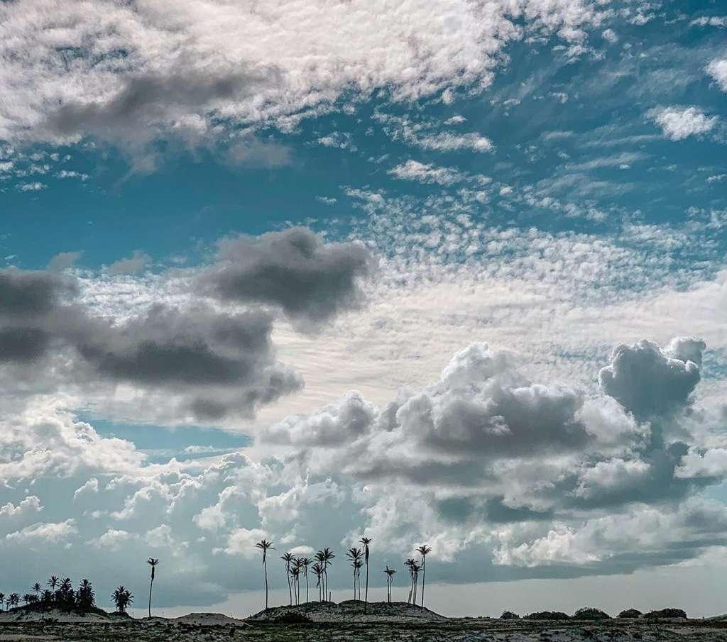 Em todo o feriadão, o céu terá cobertura de nuvens variada (FOTO: Dérik Ferreira)