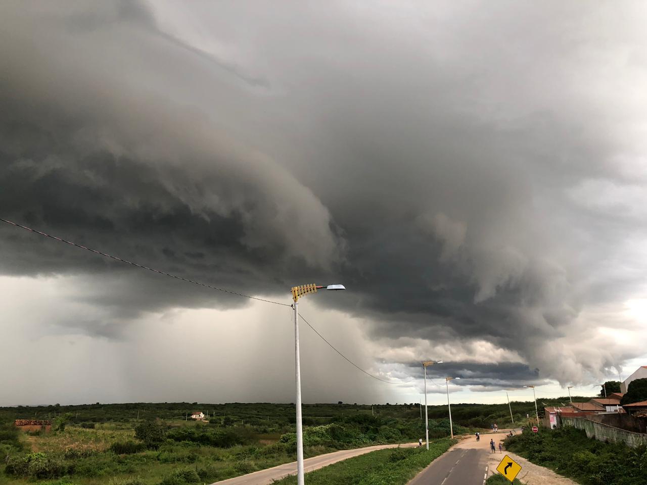 Entre quarta e quinta-feira, as chuvas chegaram a grande parte do Ceará (FOTO: Marciel Bezerra)