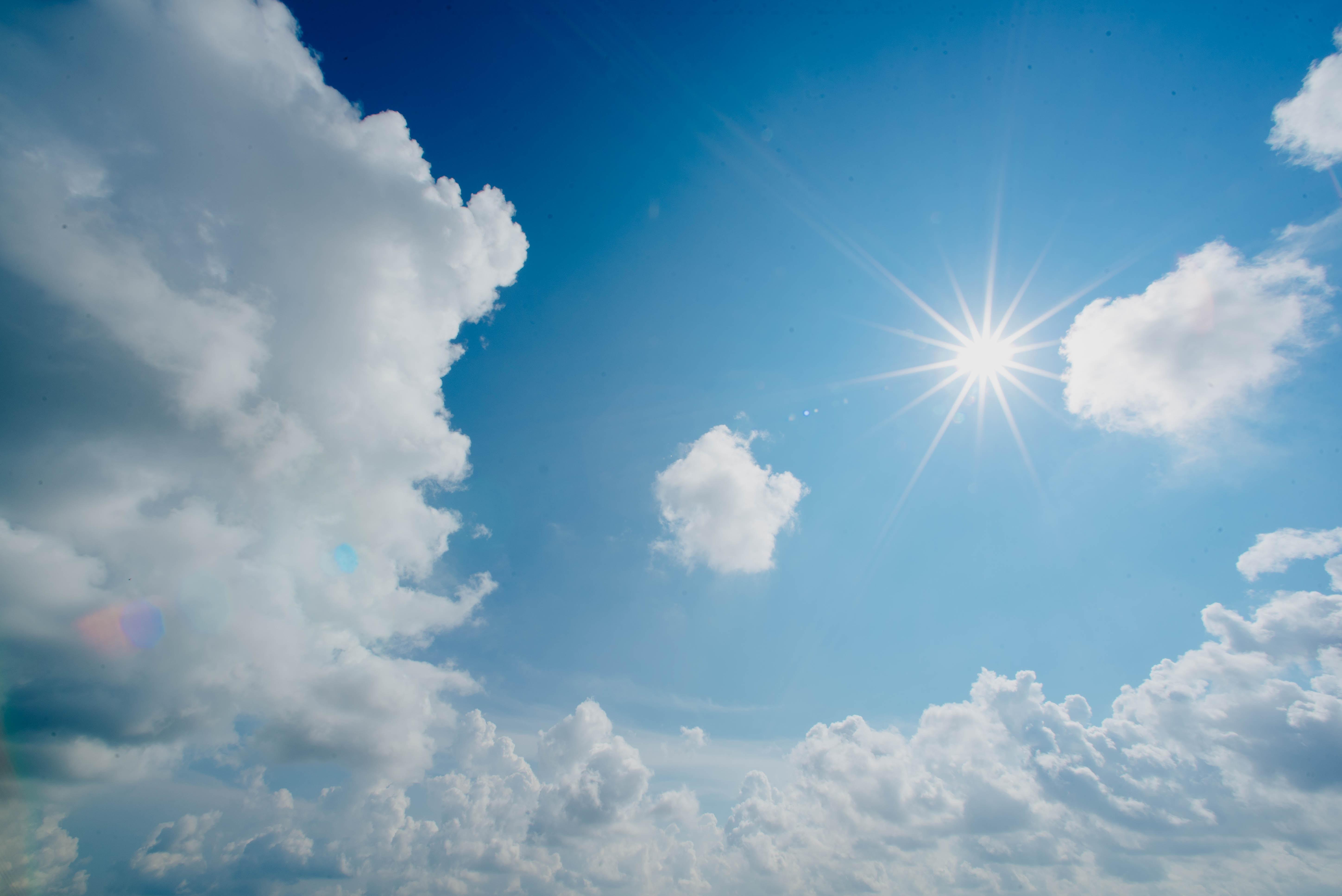 Cobertura de nuvens será variada em todas as regiões nesta segunda (FOTO: Reprodução/Unsplash)