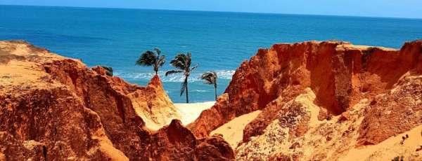 Para quem deseja curtir uma praia, o tempo no fim de semana estará favorável a céu mais claro (FOTO: Dieny Portinanni)