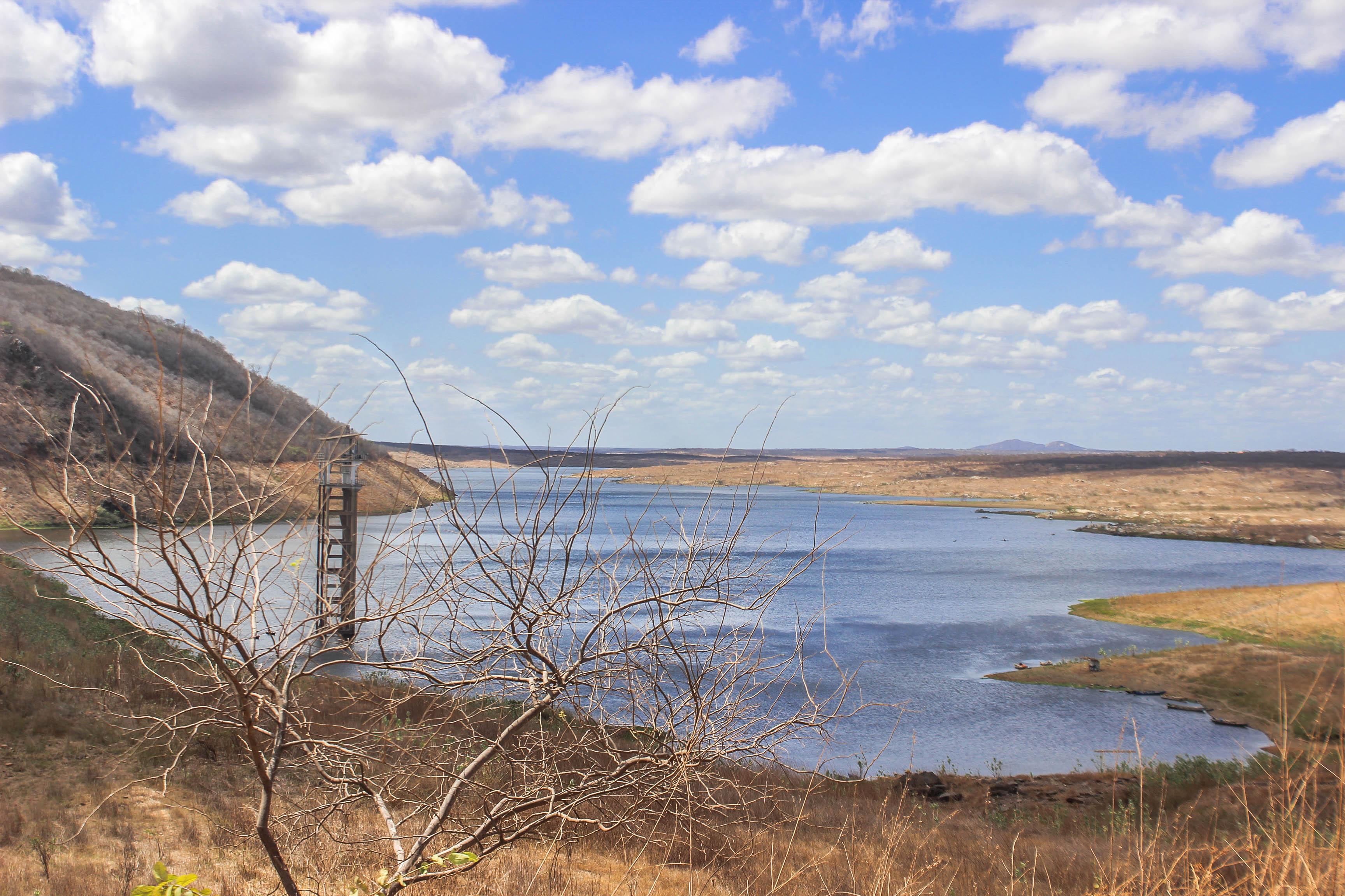 Conforme a Companhia de Gestão dos Recursos Hídricos (Cogerh), dos 155 reservatórios monitorados pelo órgão, 89 estão com volume abaixo dos 30% (FOTO: Milena Kury)