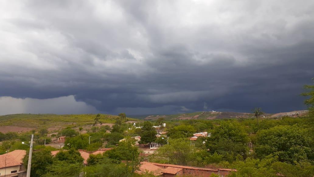 Chove em cerca de 100 municípios pelo 2º dia consecutivo (FOTO: Cícero Júnior))