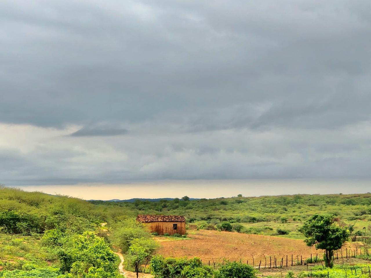 No Cariri, por exemplo, choveu todos os dias do feriadão (FOTO: Marciel Bezerra)