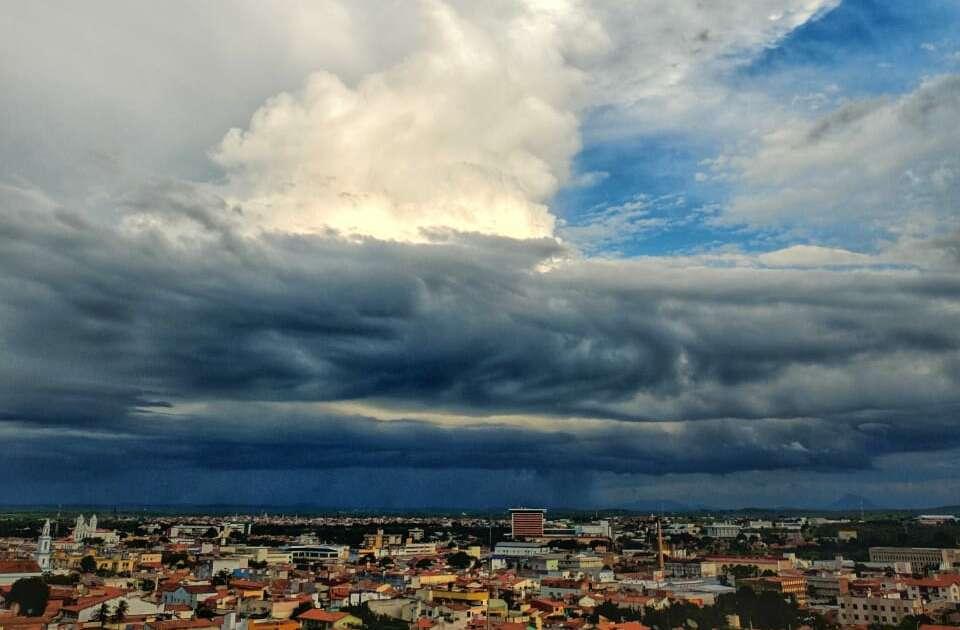 áreas de instabilidade associadas à ZCIT estão colaborando para chuvas (FOTO: Janilton Nicolau)