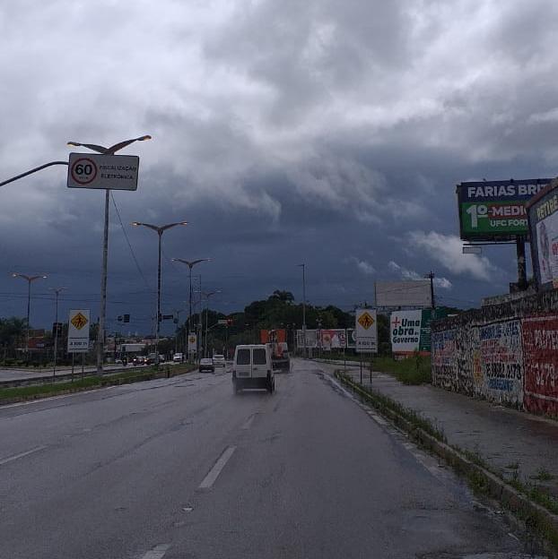 Áreas de instabilidade deverão trazer mais chuvas para o litoral (FOTO: Hélio Deibson)