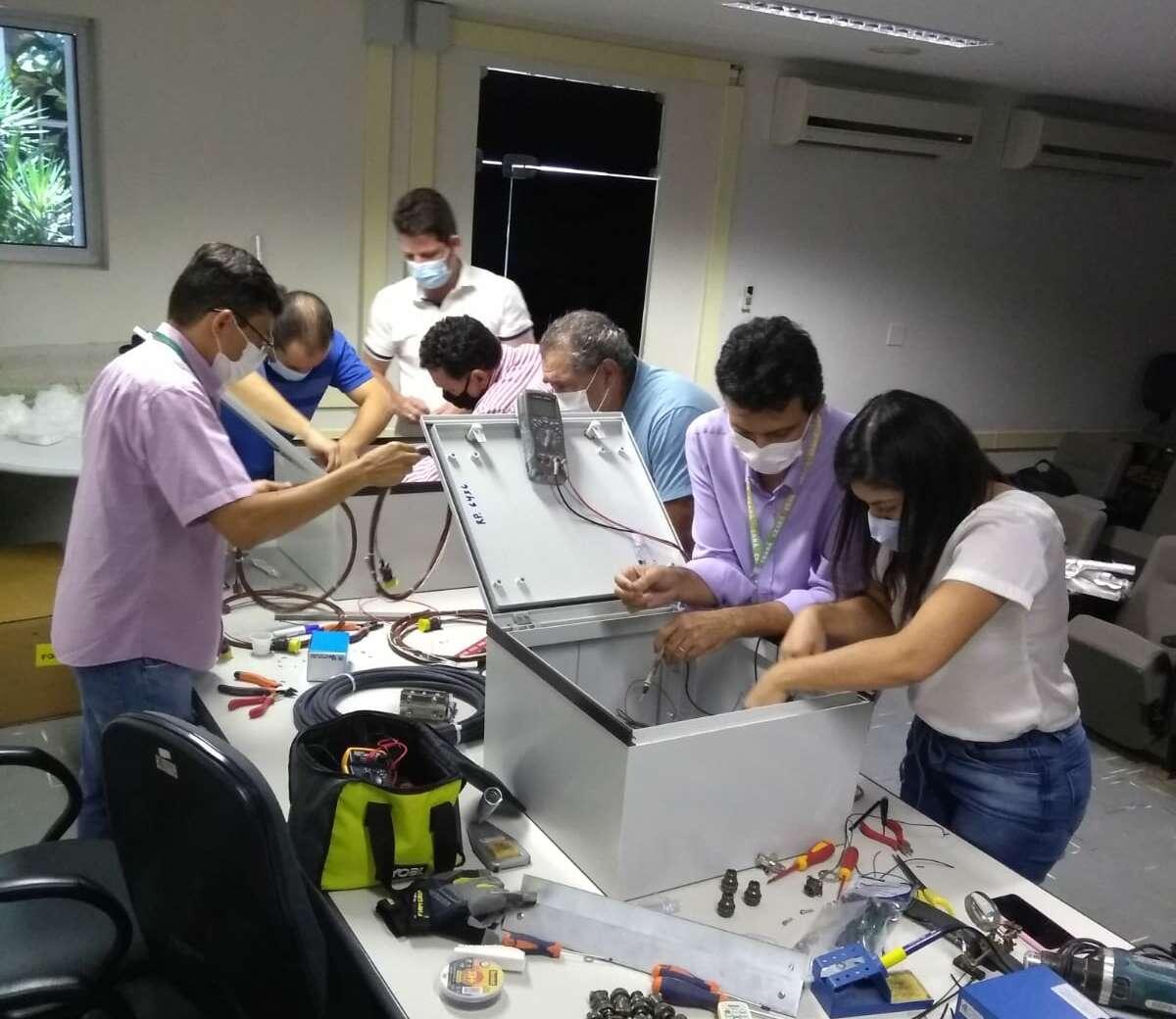 Treinamento de montagem e manutenção das novas PCDs (FOTO: Raimundo Monteiro)